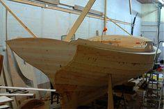 http://dreamcraftsgallery.eu/wp-content/uploads/2011/05/Boat-building02.jpg