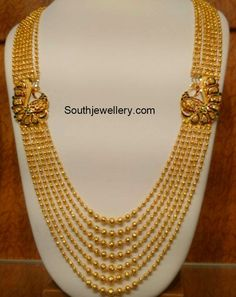 Indian Jewellery Designs - Latest Indian Jewellery Designs 2020 ~ 22 Carat Gold Jewellery one gram gold Gold Jewellery Design, Gold Jewelry, Gold Necklace, Quartz Jewelry, 22 Carat Gold, 18k Gold, Jewelry Model, Jewelry Shop, Jewelry Sketch
