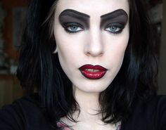the Rocky horror picture show makeup - I am totally doing this for Halloween! Rocky Horror Show, Rocky Horror Picture Show Costume, Halloween Looks, Halloween Cosplay, Halloween Makeup, Halloween Costumes, Halloween 2019, Halloween Zombie, Halloween Projects