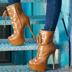 September 2015 Shoes Part 14: 20 Designer Boots, Pumps, and Sandals