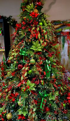 Christmas Tree ● Red & Green