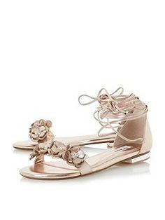 1d478a42fd5125 Nigella flower trim sandals Flip Flops