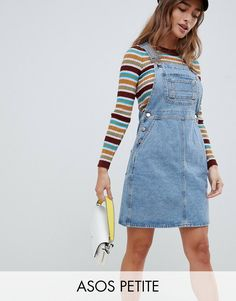Find the best selection of ASOS DESIGN Petite denim overall dress in vintage blue. Shop today with free delivery and returns (Ts&Cs apply) with ASOS! Denim Dungaree Dress Outfit, Denim Dungarees, Skirt Outfits, Cute Outfits, Women's Overalls, Jumpsuit Outfit, Jean Overall Dress, Overall Skirt, Salopette Jeans