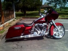 Cool Custom Baggers | Custom Parts on Customer Harley Davidson Bikes - Hill Country Customs ...