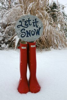 Love My Hunter Boots and I love Snow.