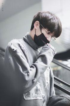 Cute Korean Boys, Asian Boys, Cute Boys, Ulzzang Boy, Husband, Teen, Kpop, Celebrities, People
