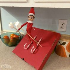 Elf on the Shelf 2014 Ideas- Updated Throughout the Holiday Season - Just a Little Creativity Christmas Elf, Winter Christmas, Christmas Crafts, Toddler Christmas, Christmas 2017, Elf Games, Bad Elf, Awesome Elf On The Shelf Ideas, Elf On The Self