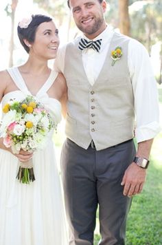 Photo Captured by Ben Sasso via Grey Likes Weddings - Lover.ly