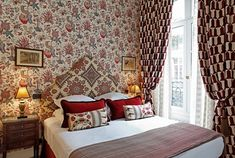 View photos of the Relais Christine, an elegant hotel and Spa in Paris, near the Orsay Museum, Saint-Germain-des-Prés and the Latin Quarter. Pierre Frey, Contemporary Interior, Luxury Interior, Interior Design, Spa Paris, Jet Set, Provence Style, Eclectic Decor, Beautiful Bedrooms