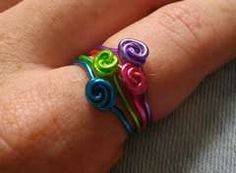 How to make simple swirly wire rings