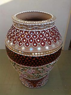 Art Mud & mirror work  pottery