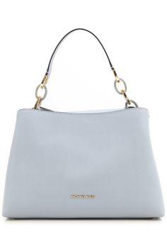 Сумки-тоуты Michael Kors теперь можно купить онлайн в интернет-магазине Raffaello Network. Доступны кожаные сумки Michael Kors разных цветов и размеров.
