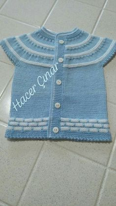 Baby Knitting Patterns, Moda Emo, Toddler Outfits, Sweaters, Clothes, Fashion, Knit Jacket, Baby Coming Home Outfit, Knitted Baby