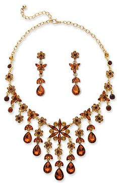 Ends Tonight #Win a PEAR-CUT BUTTERSCOTCH AND CHAMPAGNE CRYSTAL NECKLACE AND EARRINGS SET ($58 RV) #Giveaway at Gobbling Up the Giveaways Hop 11/21 http://mixedreviewsblog.com/index.php/2016/11/07/necklace-earring-set-giveaway-at-gobbling-giveaway-hop/