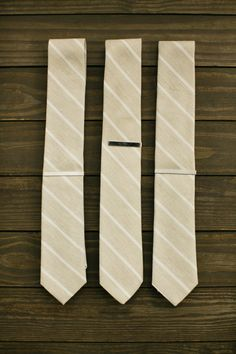 wedding ties for groom and best men: #wedding #tie #ideas Mens Wedding Ties, Bridesman, Wedding Styles, Wedding Ideas, Groomsman Gifts, Groomsmen, Wedding Events, Mens Fashion, Engagement
