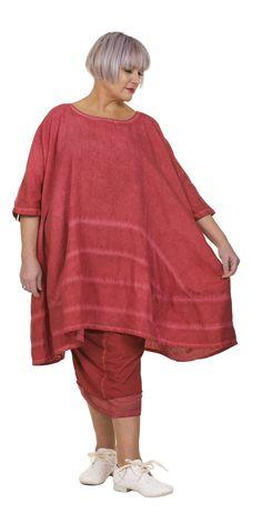 Shop Rundholz Strawberry Linen Tunic Dress from idaretobe Authorised UK Online Stockist. Linen Tunic Dress, Soft Summer, Tunic Tops, Clothing Ideas, Sash, Fabric, Sleeves, Strawberry, Label