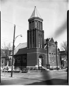 The original First Methodist Church off the Murfreesboro square. The location is now Mid South Bank. The steeple is still in place.