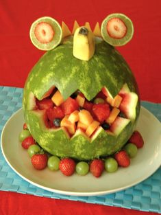 Love this creature made of Fruit! That is so silly, it would be fun to take to a party.