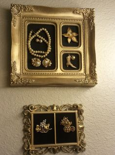 Vintage Jewelry Crafts More of my old Jewelry turned into wall art in my dressing room. Costume Jewelry Crafts, Vintage Jewelry Crafts, Recycled Jewelry, Jewelry Frames, Jewelry Tree, Jewelry Wall, Jewelry Stand, Jewelry Armoire, Jewelry Holder