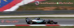 Hamilton, 'aliviado' por conseguir su pole en la primera vuelta