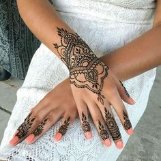 24 Henna Tattoos by Rachel Goldman You Must See