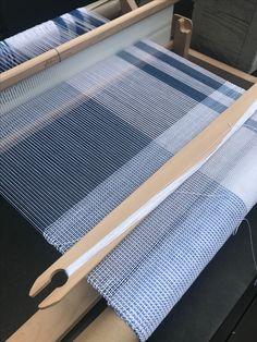 Inkle Loom, Loom Weaving, Hand Weaving, Textile Fiber Art, Textiles, Weaving Projects, Weaving Patterns, Weaving Techniques, Yarn Crafts