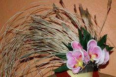 Niau Blanc Hair Comb for Tahitian Dance