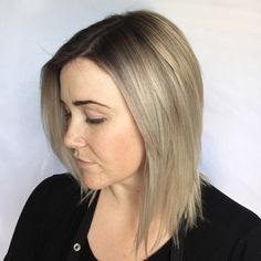 #mulpix Root smudge on my hair  color formula: 6-29 and 6-1 with 10volume and bleach wash toned with 12-19 6volume! Stylist: @heatherscrazylife  #schwarz  #schwarzkopf  #balayageombre  #balaygehair  #hotseatsalon  #hotseatgirl  #sandiego  #sandiegohairstylist  #hairstylist  #colorist  #beautifulhair  #ombrehair  #balayage  #nofilter  #beforeandafter  #colorcorrection  #olaplex  #rootsmudge  #myformulation