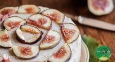 La cheesecake allo yogurt e fichi è un dolce facile, forse il più amato dai golosi. non prevede cottura. Vegolosi