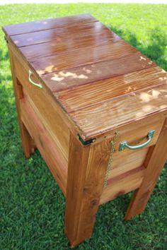 Outdoor Wooden Cooler | Do It Yourself Home Projects from Ana White... Kinda love this for a stationary tack box or any storage use