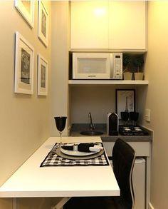 Copa, escritório, aproveitando pequenos espaços Closet Office, Closet Space, Home Office, Maids Room, Pharmacy Design, Guest Bed, Kitchenette, Kitchen Organization, Kitchen Design