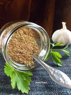 AranyTepsi: Gyros fűszerkeverék házilag Food 52, Pesto, Spices, Beef, Homemade, Meat, Spice, Home Made, Hand Made