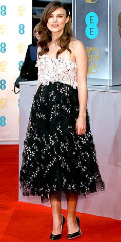 This floral Giambattista Valli Couture dress might be Keira Knightley's best maternity look yet.