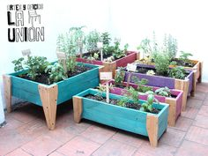 Gallery Of Vu Dans Maison Chic Aout With Maison Chic Magaz Maison Chic Magazine. Gallery Of Vu Dans Maison Chic Aout With Maison Chic Magaz Garden Deco, Veg Garden, House Plants Decor, Plant Decor, Wooden Planters, Planter Boxes, Outdoor Projects, Garden Projects, Raised Garden Beds