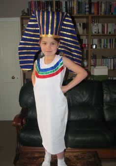 56 best egyptian costumes diy images on pinterest ancient egypt diy pharaoh headdress make a pharaoh headdress from card paper mache and paint egyptian headpieceheaddresspharaoh costumeschool solutioingenieria Gallery