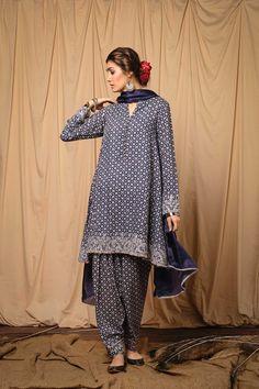 Zara Shahjahan Ready to Wear Luxury Pret Collection 2019 SKU : Pakistani Fashion Party Wear, Pakistani Dresses Casual, Pakistani Dress Design, Indian Fashion, Latest Pakistani Fashion, Casual Dresses, Designer Party Wear Dresses, Indian Designer Outfits, Indian Outfits