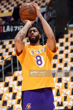Anthony Davis of the Los Angeles Lakers warms up before the game against the Portland Trail Blazers on January 2020 at STAPLES Center in Los Angeles, California. Basketball Leagues, Basketball Players, King Lebron, Lebron James, Lakers Wallpaper, Lakers Kobe Bryant, Nba Los Angeles, Go Big Blue, Nhl Jerseys