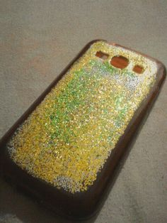 DIY Phone Case w/ glitter