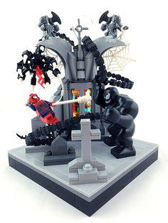 Most interesting photos from LEGO At Comic Con pool Lego Minifigure Display, Lego Custom Minifigures, Lego Display, Lego Robot, Lego Dc, Lego Marvel Spiderman, Lego Dragon, Lego Universe, Lego Halloween