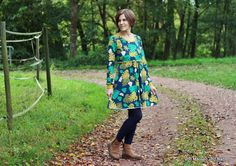 Living on Leaves -- fabric design by Deborah van de Leijgraaf -- Lisenced by Lillestoff -- http://shop.by-bora.com -- #fabric #sewing #ilovesewing #jersey #leaves #fall #fashion #pattern #patterndesign