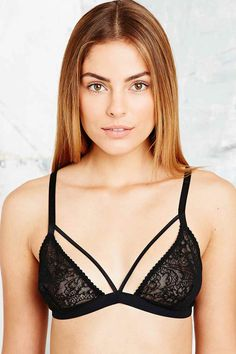 Cosabella Bucktown Cut-Out Lace Bra in Black - Urban Outfitters