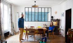 Thierry Arnaudin et Marie-Sophie sont fous de déco. Ils viennent d'emménager dans leur appartement qu'ils ont intégralement repensé. Un vrai petit bijou !