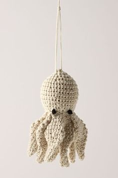 Love this wee cephalopod cutie! :)    crochet octopus