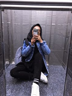 Hijabi Girl, Girl Hijab, Ootd Hijab, Hijab Outfit, Best Friend Couples, Hollister Clothes, Simple Hijab, Hijab Stile, Fake Girls