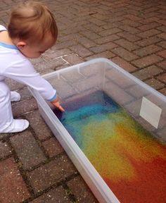 Banheira de sagu colorido