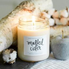 We poured over 40 mulled cider candles this weekend, it was definitely a favorite order last week!  Pair it with some birch wood and cotton stems and you have a beautiful fall setup! Tag your friends who love cider!