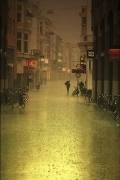 thumbs hinh anh dep tinh yeu buon love sad troi mua rain image 376 Bạn có biết mưa và nước mắt khác nhau chỗ nào không?   blog ...
