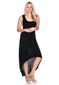 Strandkleid mit breiten Trägern, tiefem Rundhalsauschnitt und hinten länger geschnitten als vorne.