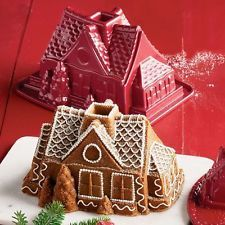 NEW NORDIC WARE 3D CHRISTMAS GINGERBREAD HOUSE COTTAGE BUNDT CAKE PAN JELLO MOLD