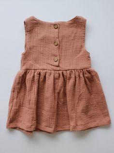 baby fashion - My favorite children's fashion list Little Kid Fashion, Baby Girl Fashion, Toddler Fashion, Kids Fashion, Kids Wardrobe, Moda Casual, Fashion Mode, Baby Kind, Baby Wearing